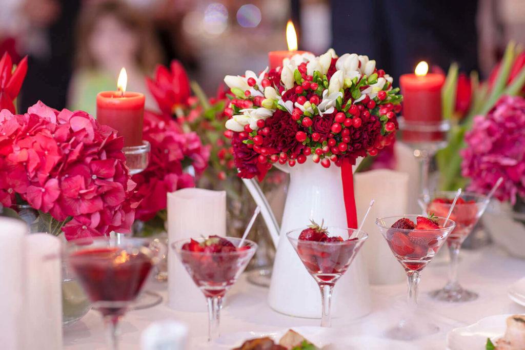 Decoración con centros frutales para una boda al aire libre en Jardín Regio Salamanca